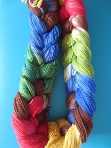 hand dyed varigated yarn by Knitting in France