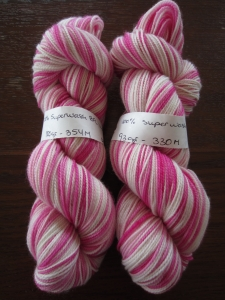 Hand dyed sock yarn by Knitting in France