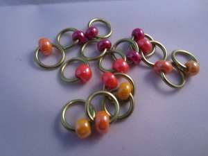 snag free stitch markers by Knitting in FRance