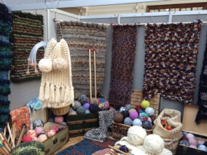 Ingrid Wagner big knits at www.knittinginfrance.com
