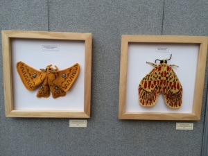 Max Alexander handknit moths on www.knittinginfrance.com