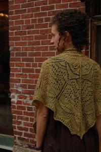 Tanguy shawl   - www.knittinginfrance.Com