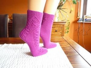 sister of Leoni free pattern on Ravelry