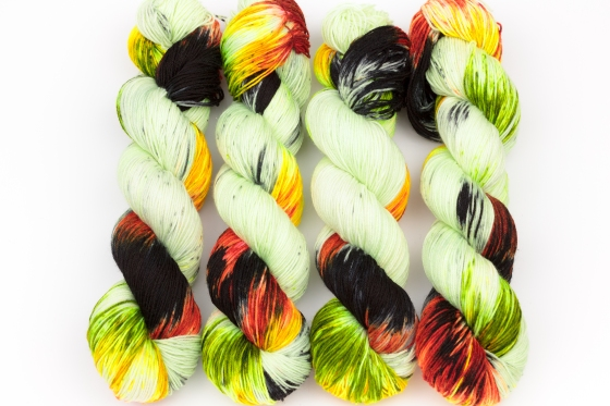 knitcosmicstrings-wasabi-1
