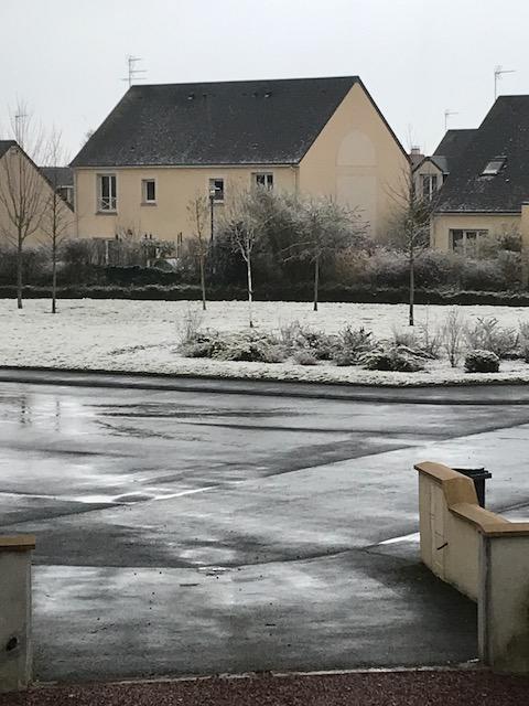 snow blainville